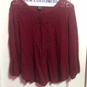 Adorable Soft Burgundy Blouse ❣️